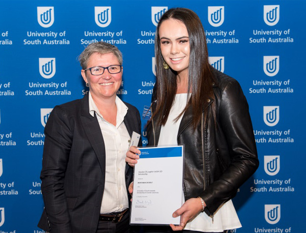 Kylie Taylor, General Manager, Office of Recreation and Sport with Goodes O'Loughlin UniSA Scholarship recipient, Montanna Doudle